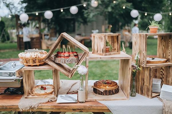 Hạn chế khi đặt tiệc cưới